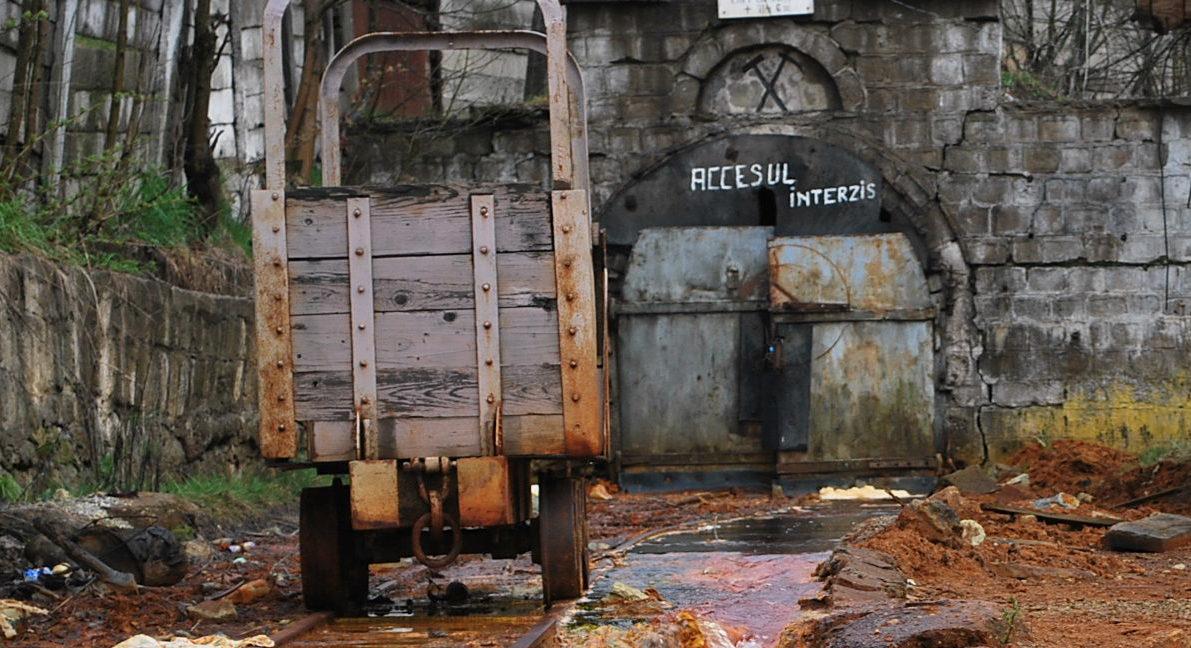 Roșia Montană va rămâne în sărăcie lucie forever. Bye Bye investiții! anunță Gabriel Biriș, fost secretar de stat la finanțe