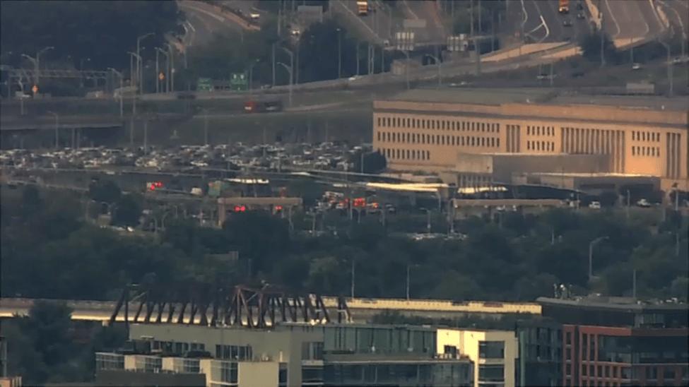 Focuri de armă la Pentagon